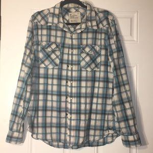 American Eagle Outfitters shirt size L